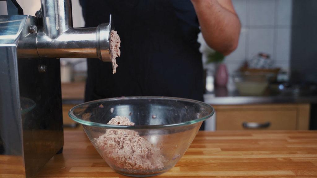 onion sausage - grind