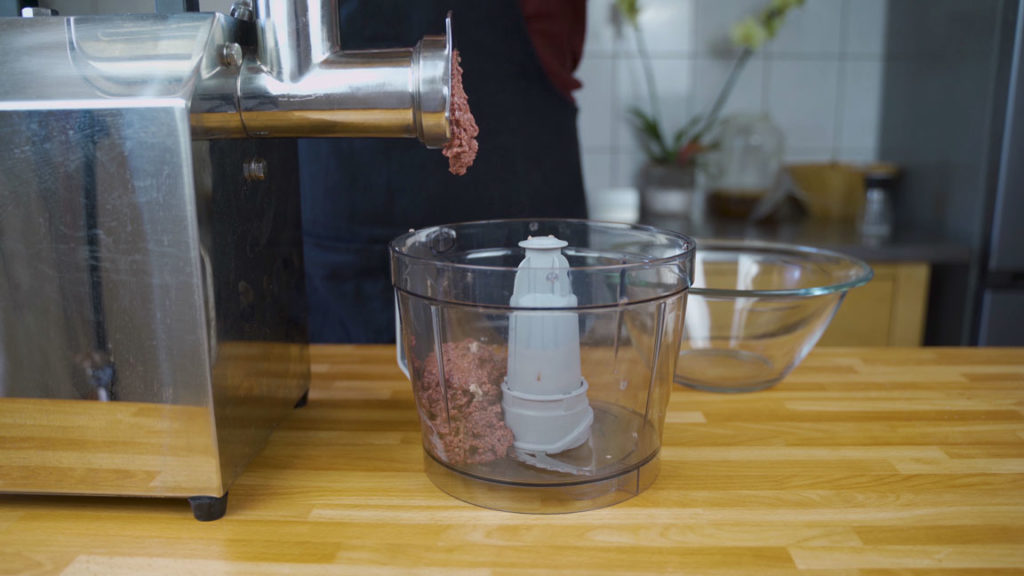 veal liverwurst-grind