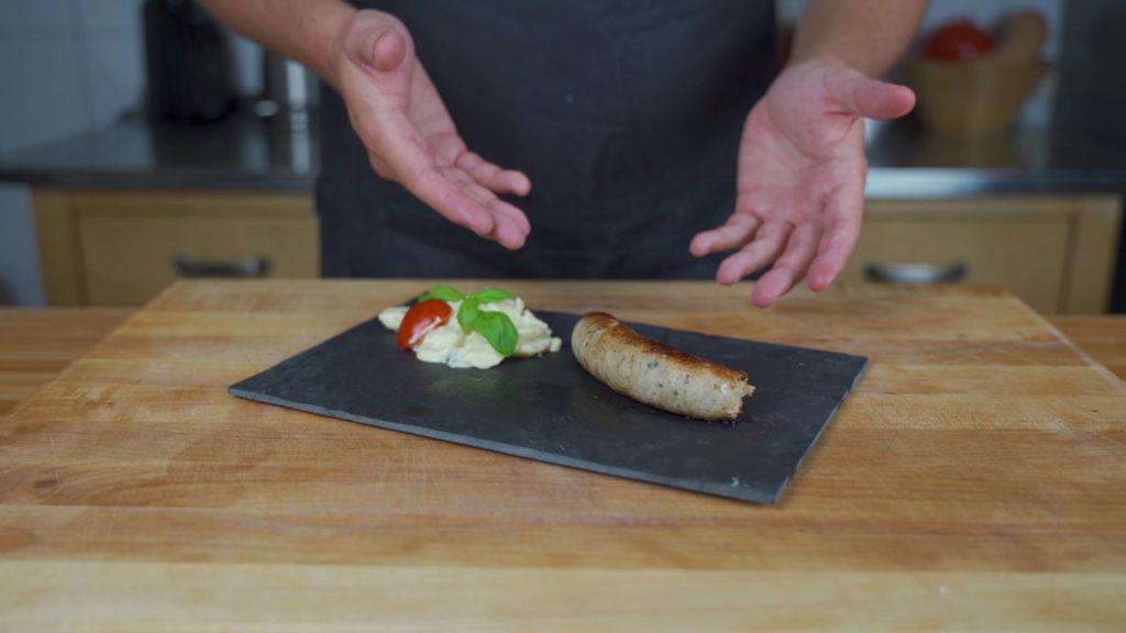Chicken sausage - ready