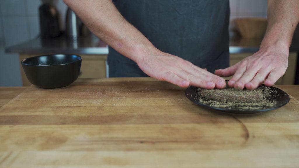 board salami - pepper